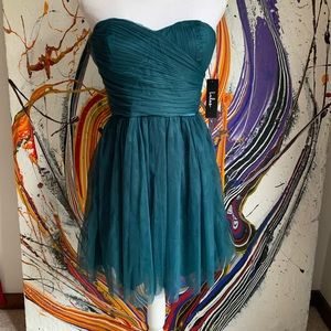 Lulu's tulle green cocktail dress strapless